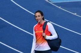 La joven lanzadora del Piélagos Lorena ...