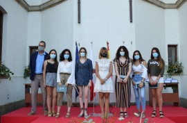 Piélagos felicita a seis estudiantes ...