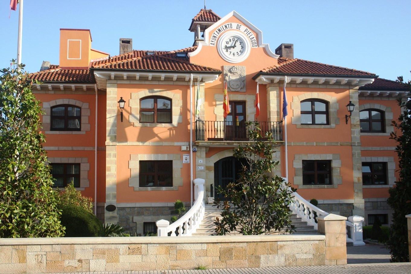 Las oficinas municipales del ayuntamiento de pi lagos for Oficina correos valencia horario